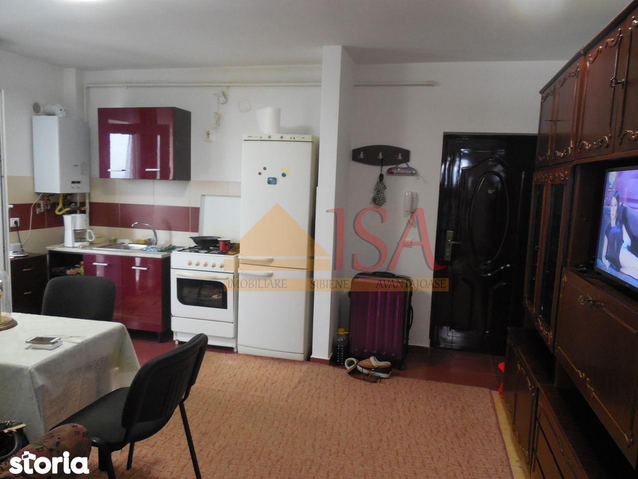 Apartament de vanzare, Sibiu (judet), Gușterița - Foto 2