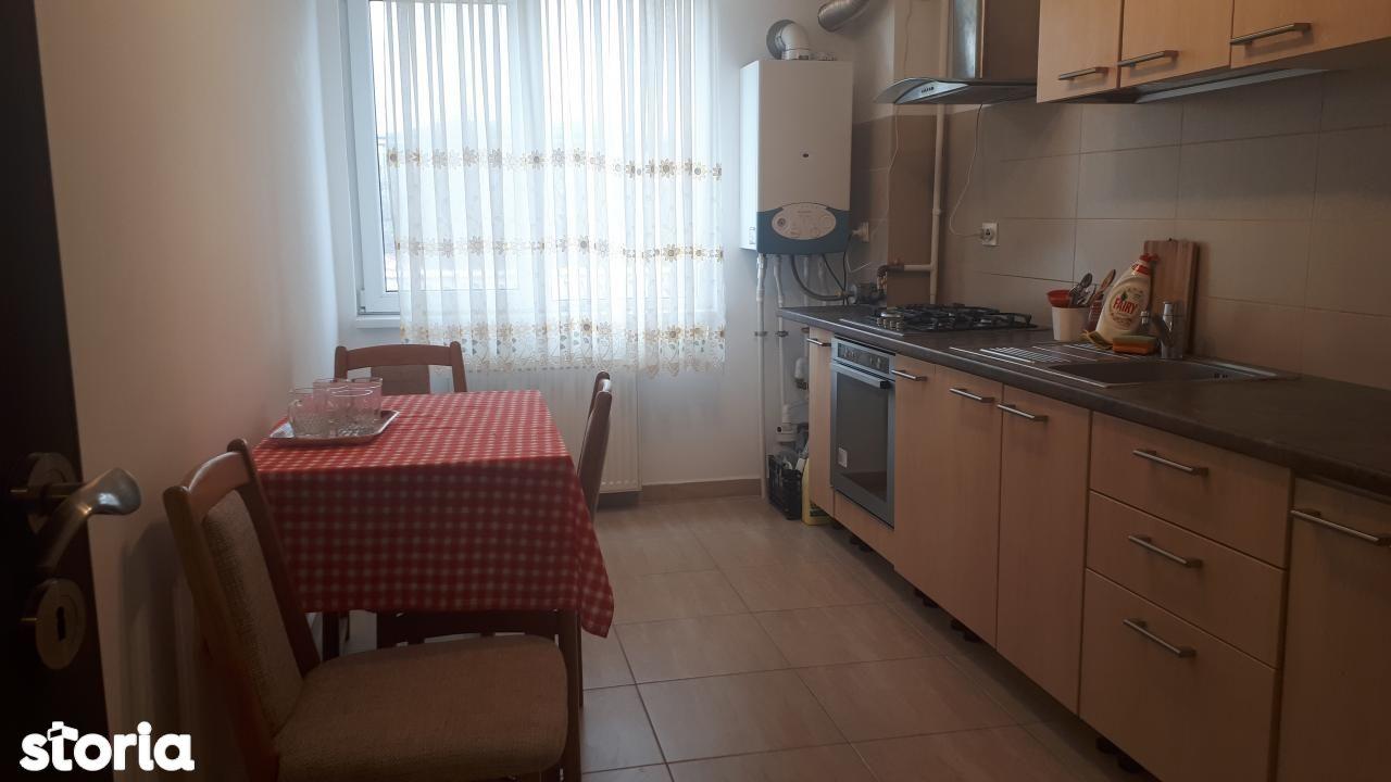 Apartament de vanzare, Dolj (judet), Strada Ștefan cel Mare - Foto 1