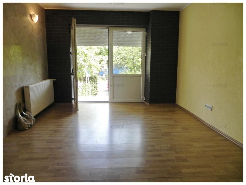 Apartament de inchiriat, Brașov (judet), Strada Toamnei - Foto 1
