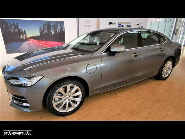 Volvo S90 2.0 T8 Momentum AWD Geartronic - 2