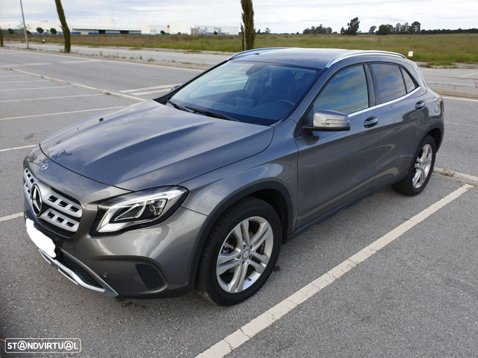 Mercedes-Benz GLA 220 4Matic - 31