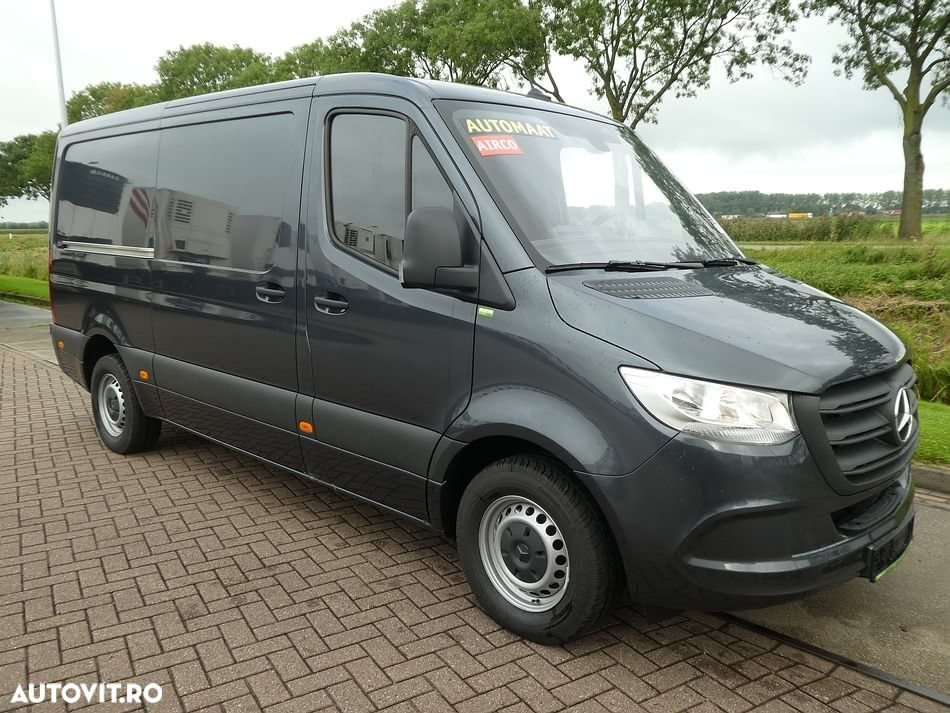 Mercedes-Benz SPRINTER 319 CDI - 2