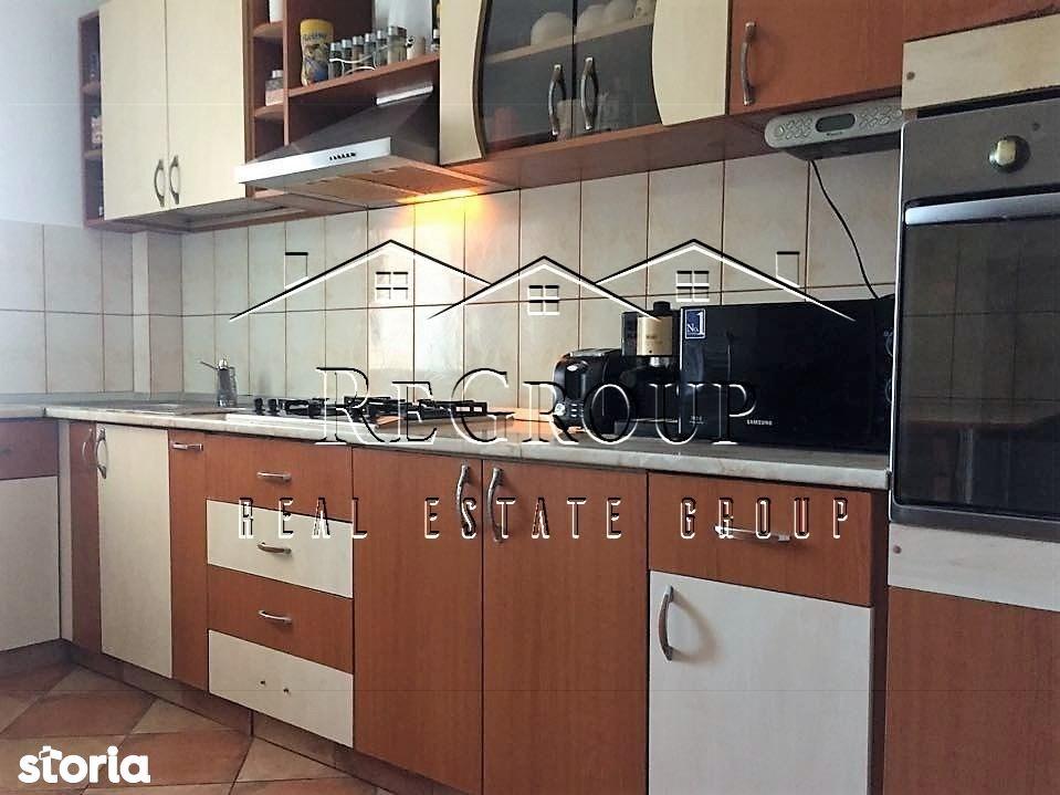 Apartament de vanzare, Iași (judet), Strada Profesor Petru Olteanu - Foto 1