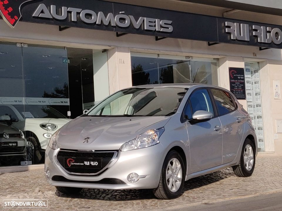 Peugeot 208 1.4 HDi Active - 2