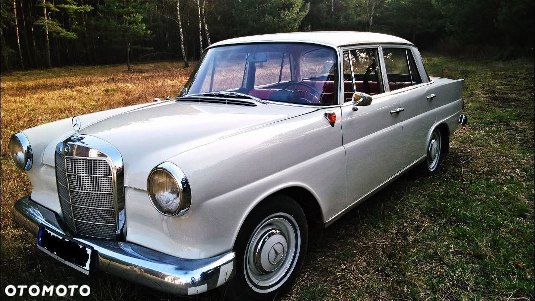 Mercedes-Benz 280 W110 190c 100% orginalny - 1