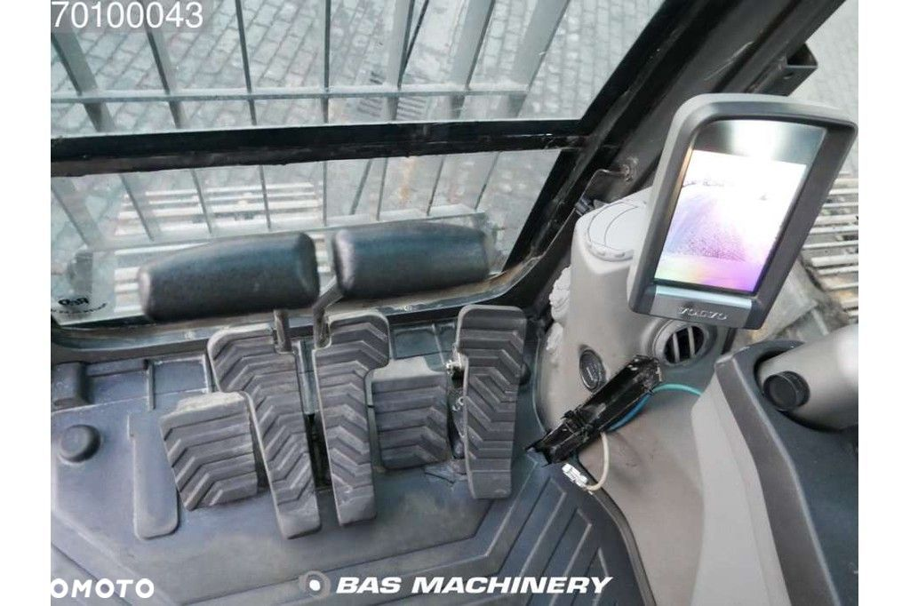 Volvo EC240C NL Nice and clean condition  Volvo Ec240c NL Nice and clean condition - 17