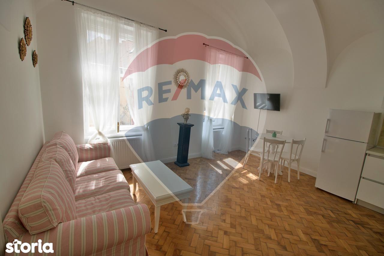Apartament de vanzare, Sibiu (judet), Strada Avram Iancu - Foto 2