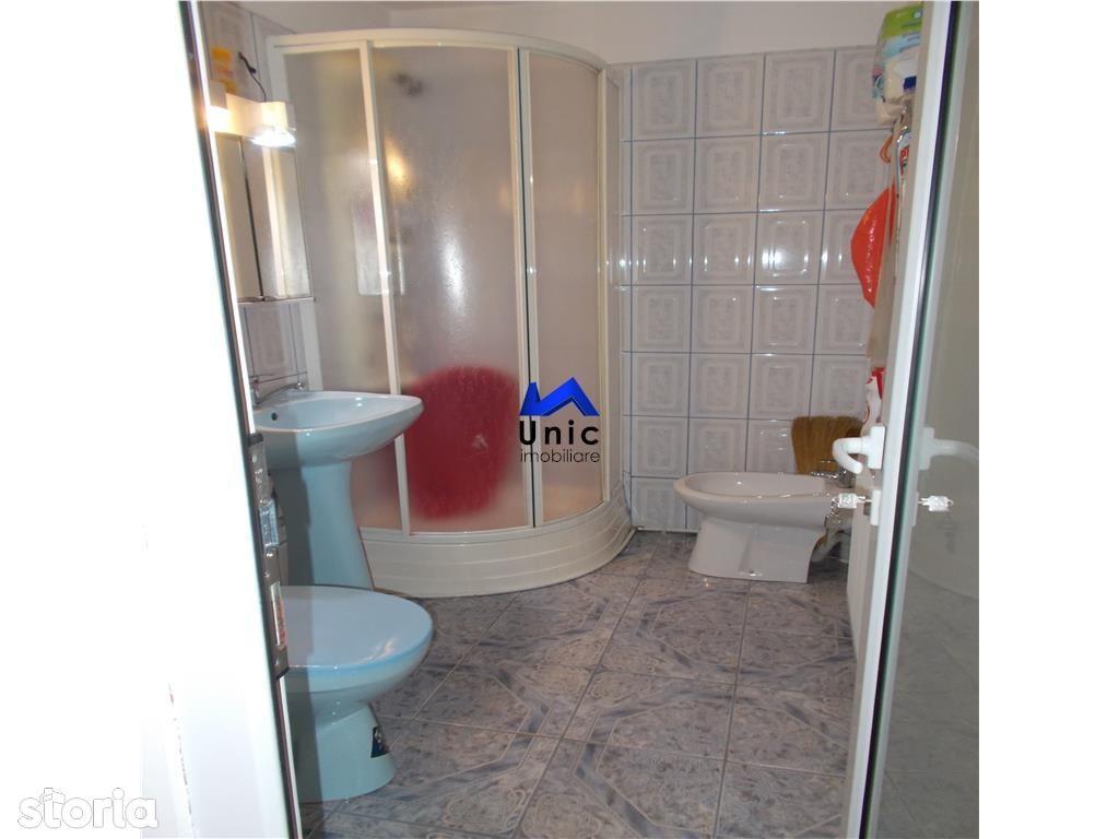 Apartament de vanzare, Dâmbovița (judet), Micro 4 - Foto 12