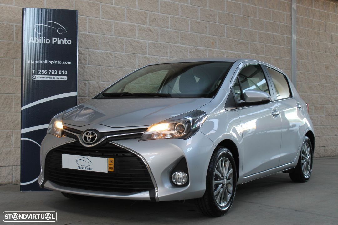 Toyota Yaris 1.0 VVT-i Confort + Pack Style - 1