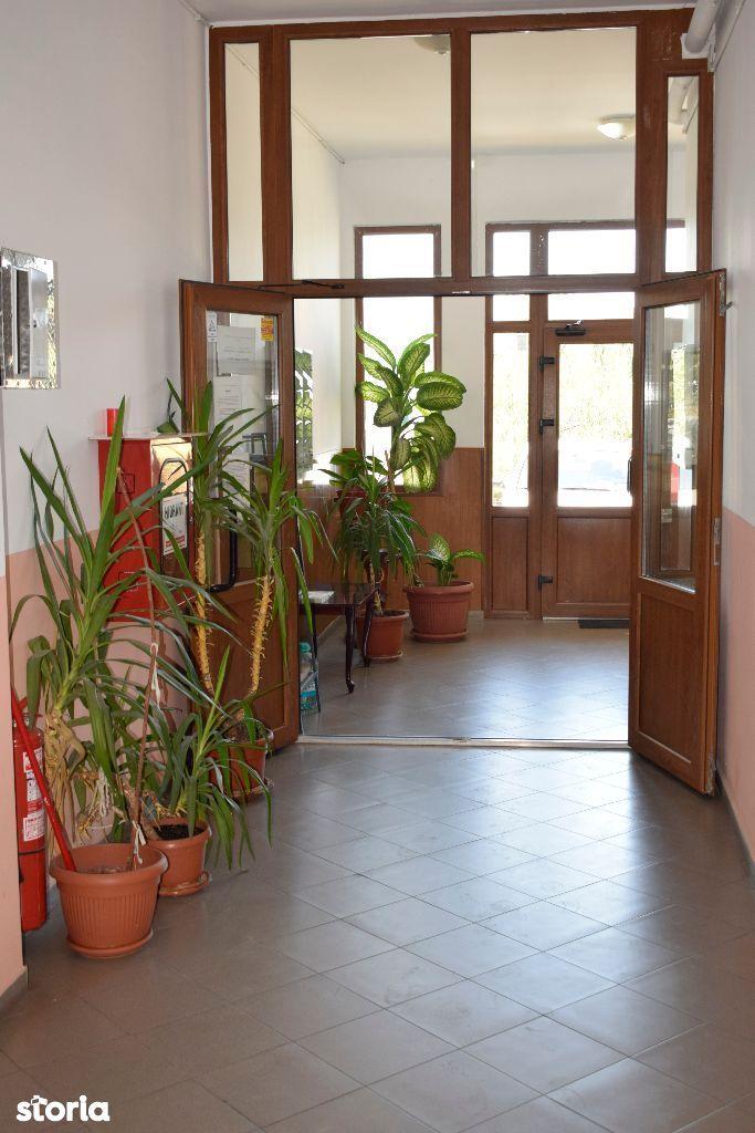 Apartament de vanzare, Ilfov (judet), Strada Prelungirea Ghencea - Foto 1