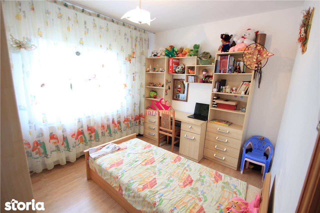 Apartament de vanzare, Bacău (judet), Strada Garofiței - Foto 1