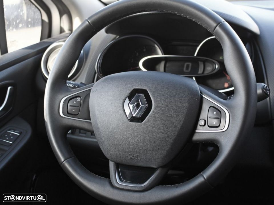 Renault Clio 1.5 dCi Energy 90cv S&S ECO2 Limited - 20