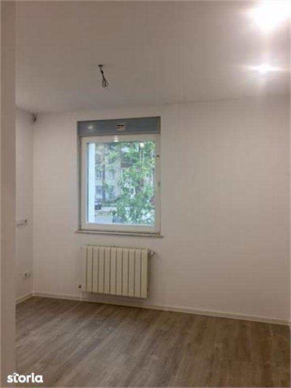 Apartament de vanzare, Argeș (judet), Calea București - Foto 4