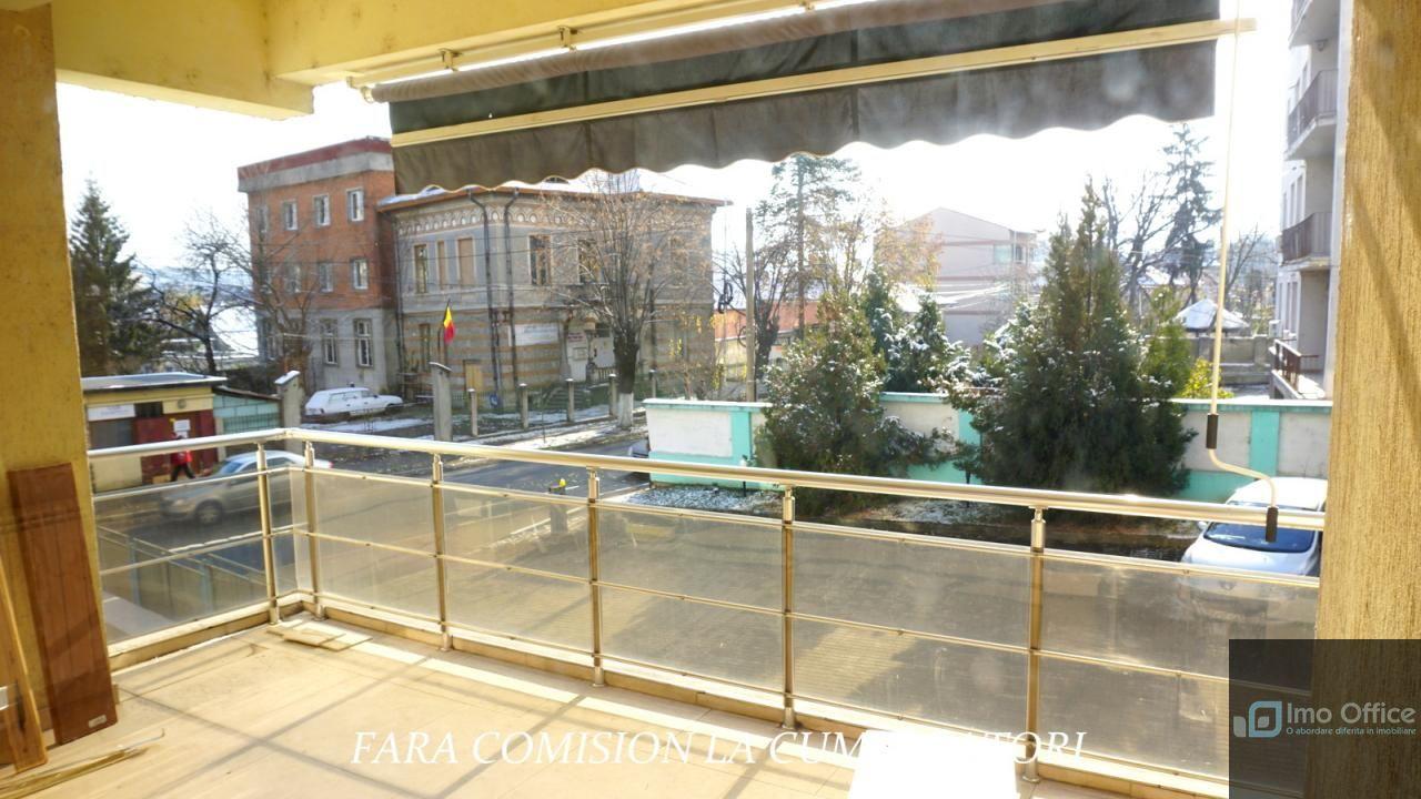 Apartament de vanzare, Vâlcea (judet), Strada General Gheorghe Magheru - Foto 4