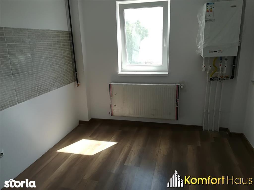 Apartament de vanzare, Bacău (judet), Strada Bucegi - Foto 1