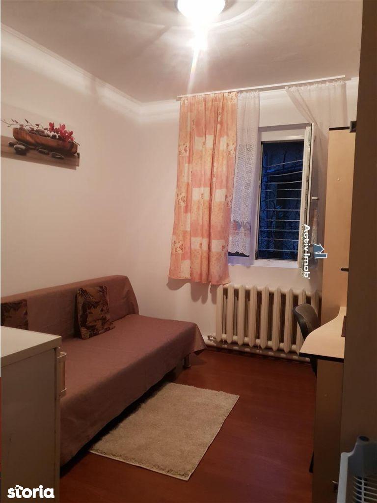 Apartament de vanzare, Timiș (judet), Bulevardul Eroilor de La Tisa - Foto 1
