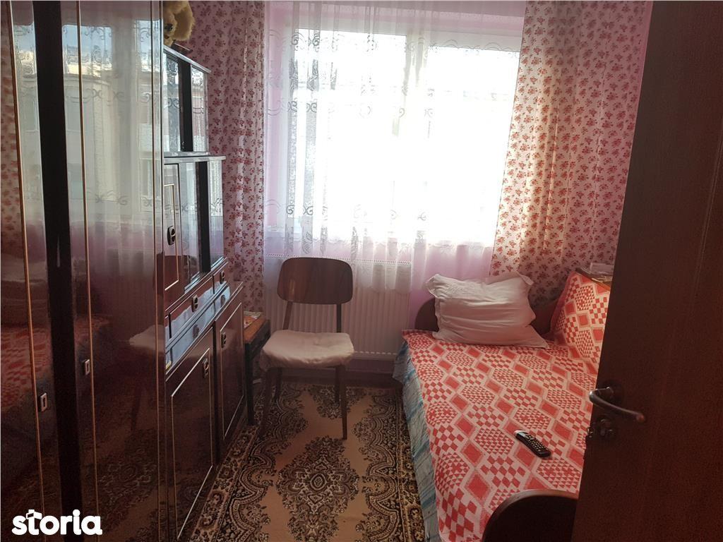 Apartament de vanzare, Argeș (judet), Strada Transilvania - Foto 4