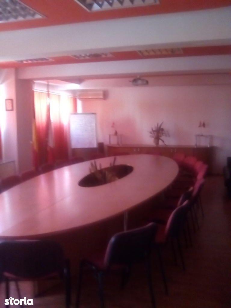 Birou de inchiriat, București (judet), Militari - Foto 9