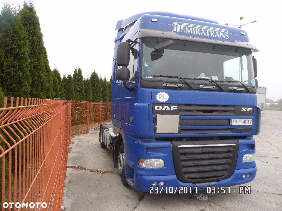 DAF FT XF105 Space Cab Automat  Low Deck - 4