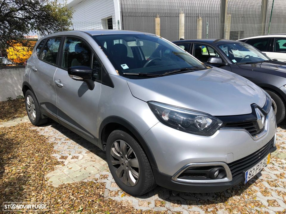 Renault Captur (0.9 TCE Exclusive) - 1