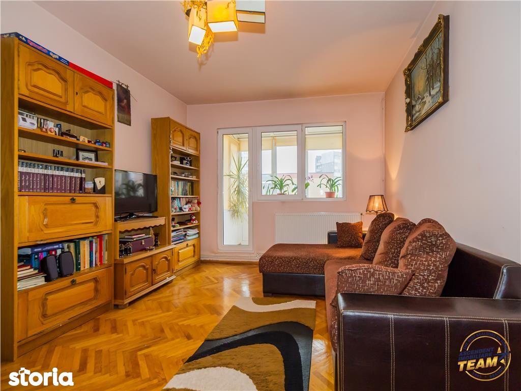 Apartament de vanzare, Brașov (judet), Strada Soarelui - Foto 1