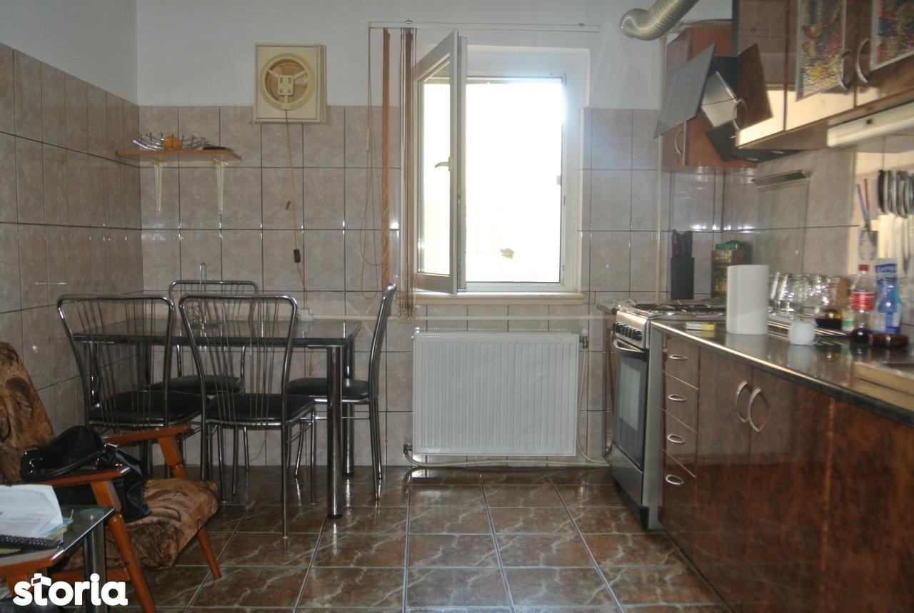 Apartament de vanzare, Argeș (judet), Tudor Vladimirescu - Foto 4