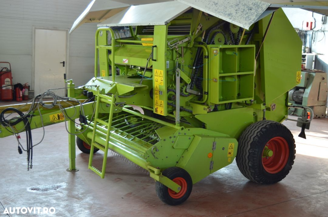 Claas rolland250 - 1