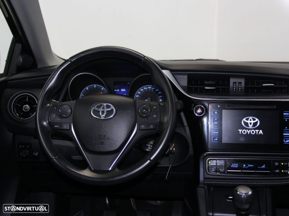 Toyota Auris Touring Sports 1.4D Comfort Pack Techno Pack Sport TS - 17