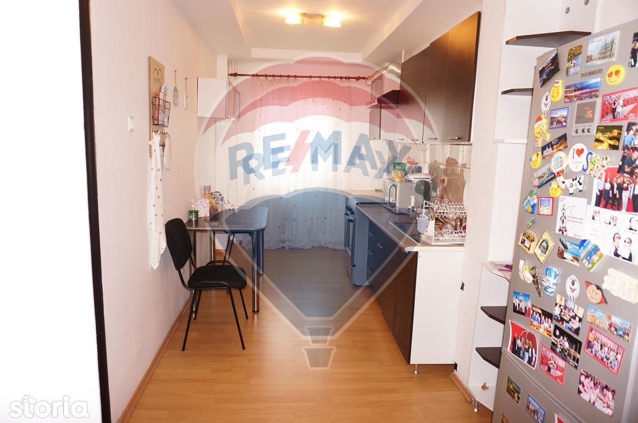 Apartament de vanzare, Dolj (judet), Bulevardul Știrbei Vodă - Foto 1