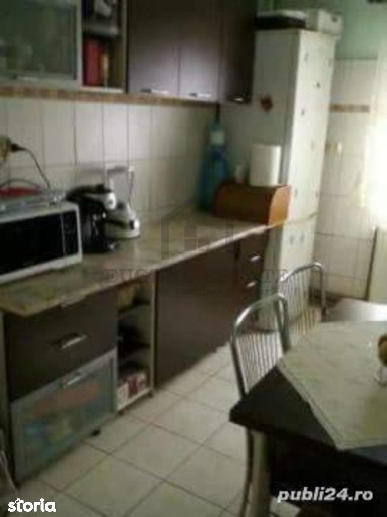 Apartament de vanzare, Timiș (judet), Strada Rândunelelor - Foto 2