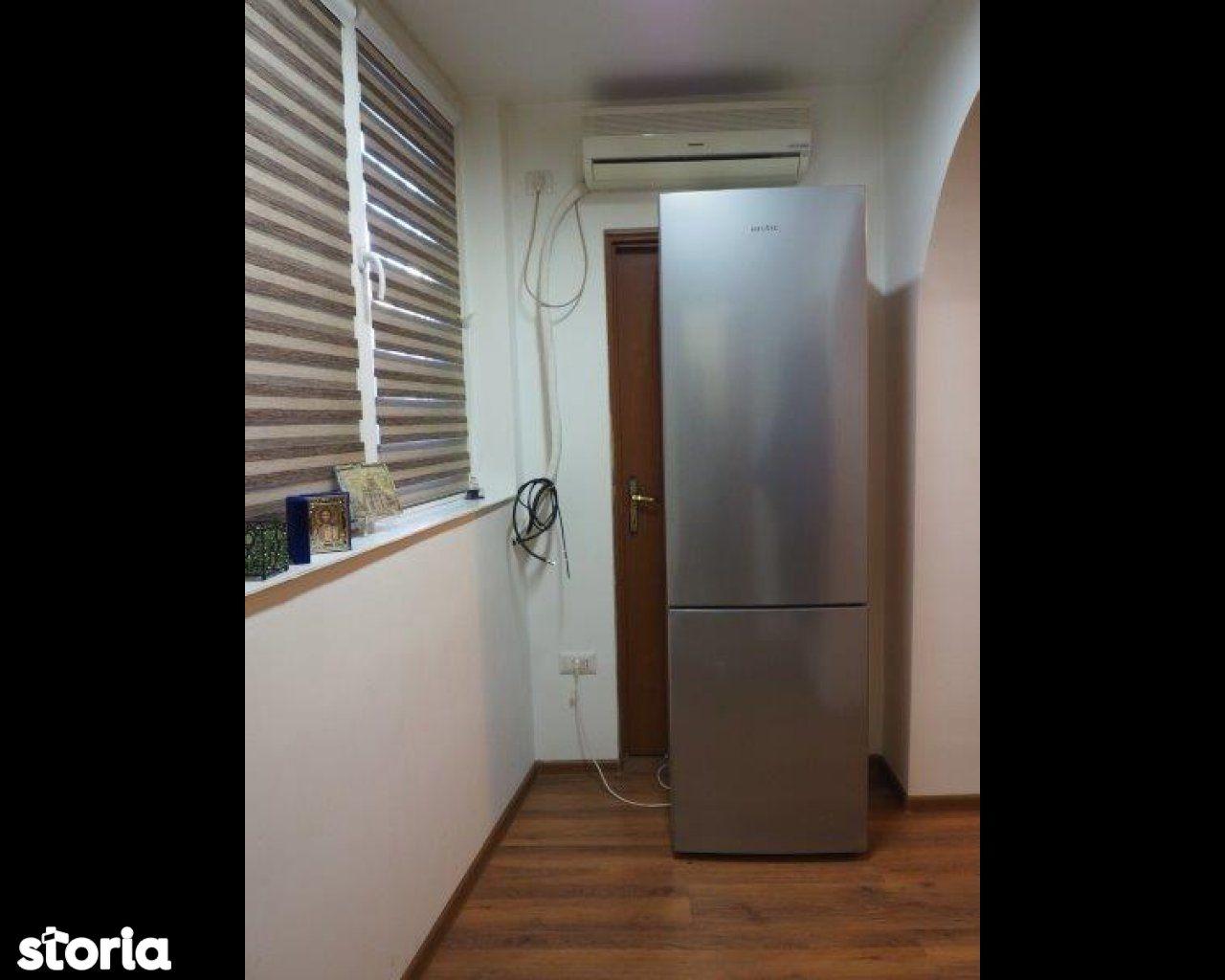 Apartament de vanzare, București (judet), Strada Crângului - Foto 9