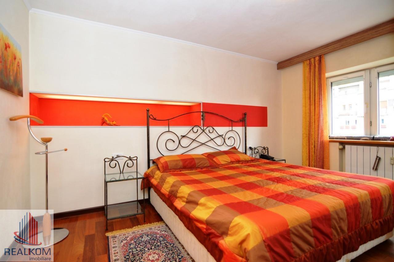 Apartament de inchiriat, București (judet), Strada Pilat Ion - Foto 17