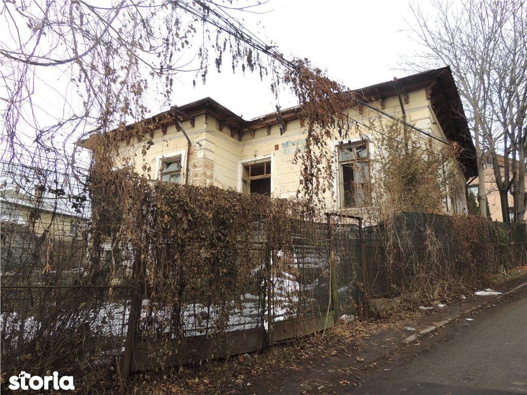 Casa de vanzare, Iași (judet), Strada Prof. Dr. Victor Babeș - Foto 1