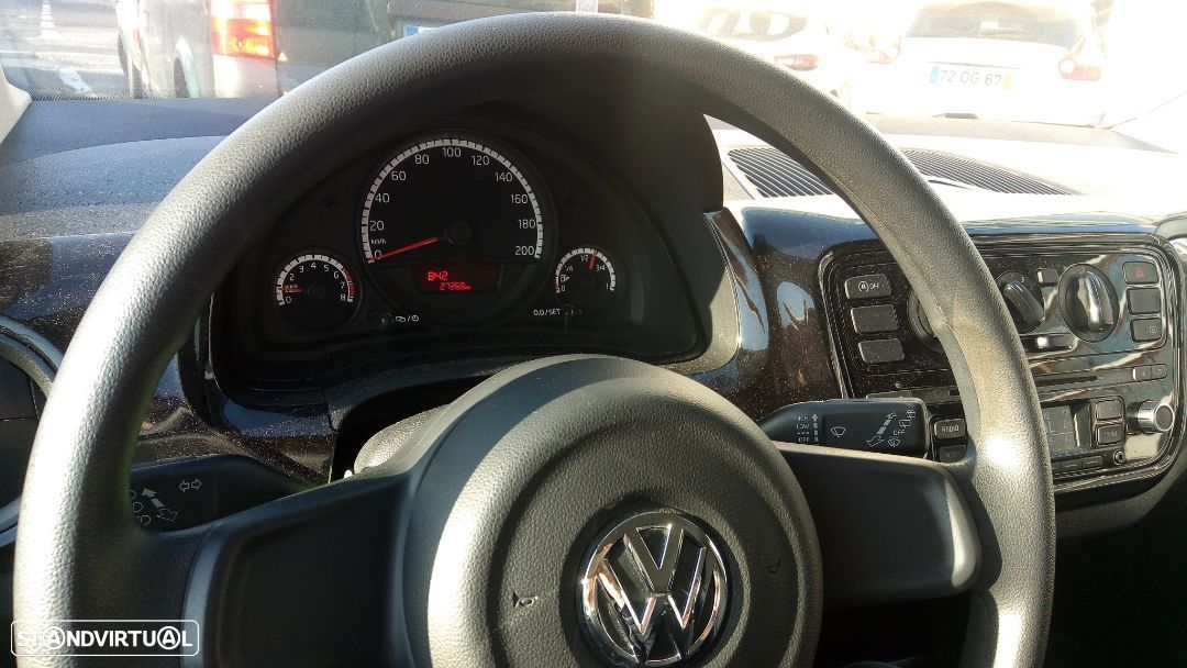 VW Up Moveup - 1