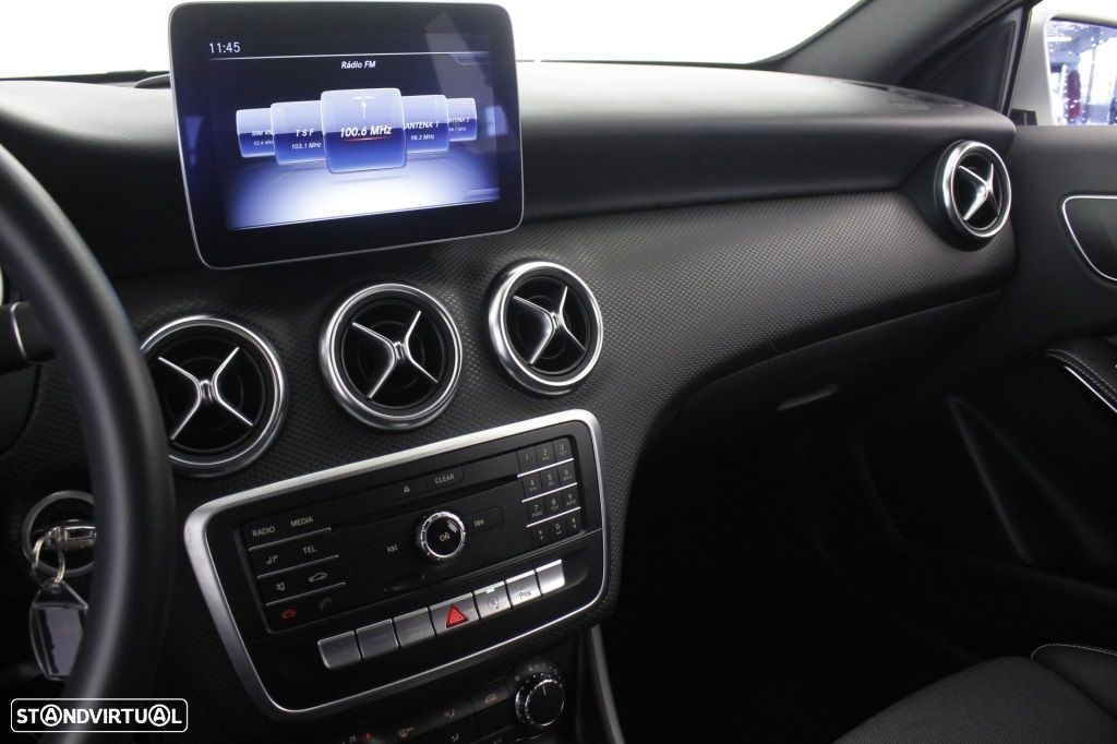 Mercedes-Benz A 180 CDi Final Edition Cx. Aut. - 32