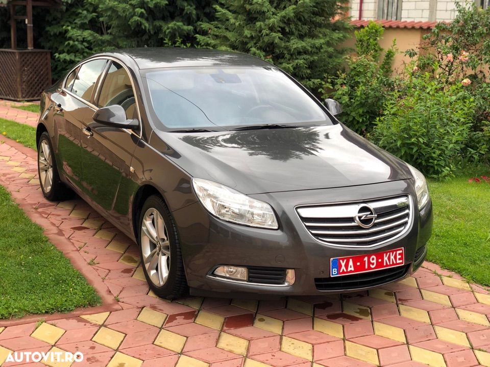 Opel Insignia COUNTRY - 3