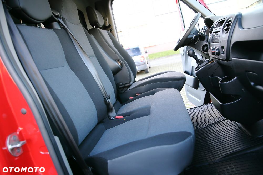 Renault master  2,3 DCI 125ps jak NOWY - 27