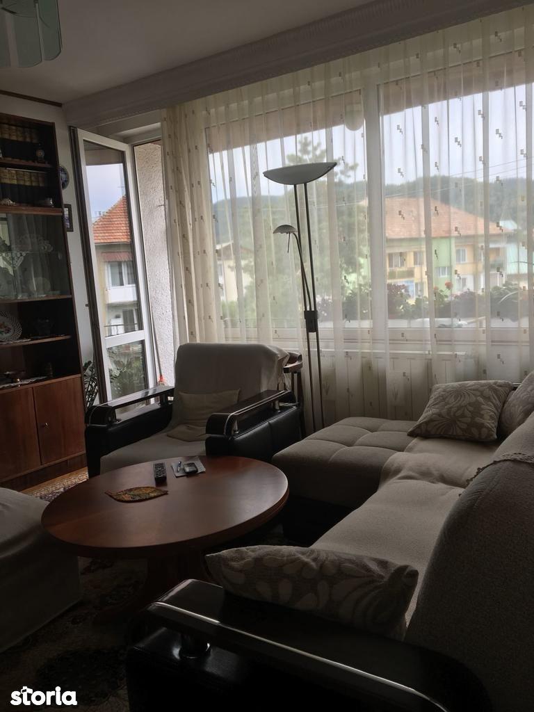 Apartament de vanzare, Maramureș (judet), Strada George Coșbuc - Foto 2
