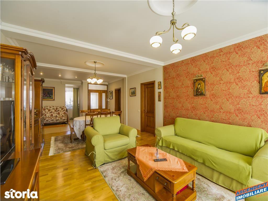 Casa de vanzare, Brașov (judet), Strada Ioan Barac - Foto 1