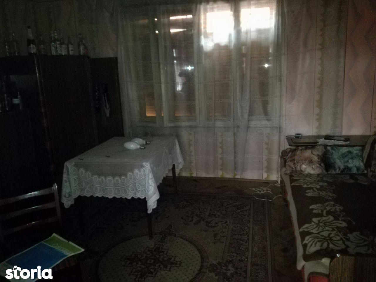 Casa de vanzare, Caraș-Severin (judet), Iablaniţa - Foto 4