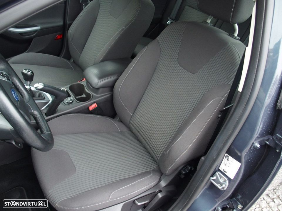 Ford Focus SW 1.6 TDCI Trend Econetic - 25