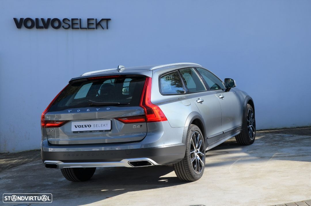 Volvo V90 Cross Country D4 AWD Geartronic - 20