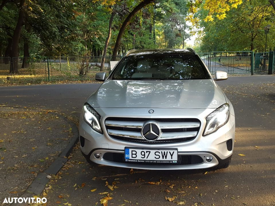 Mercedes-Benz GLA 250 - 8