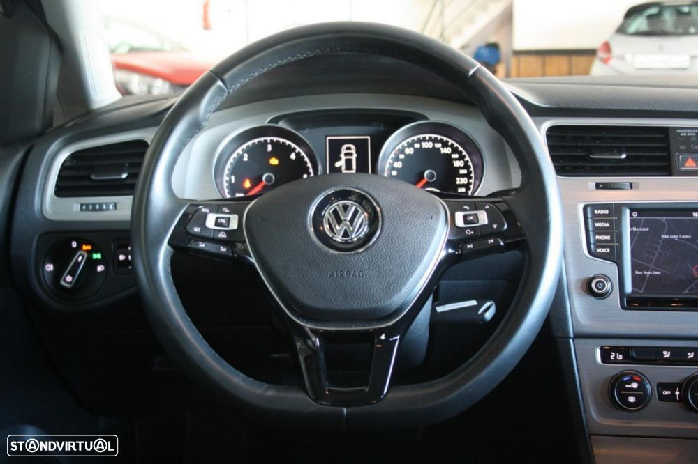VW Golf 1.6 TDi BlueMotion Confortline - 18