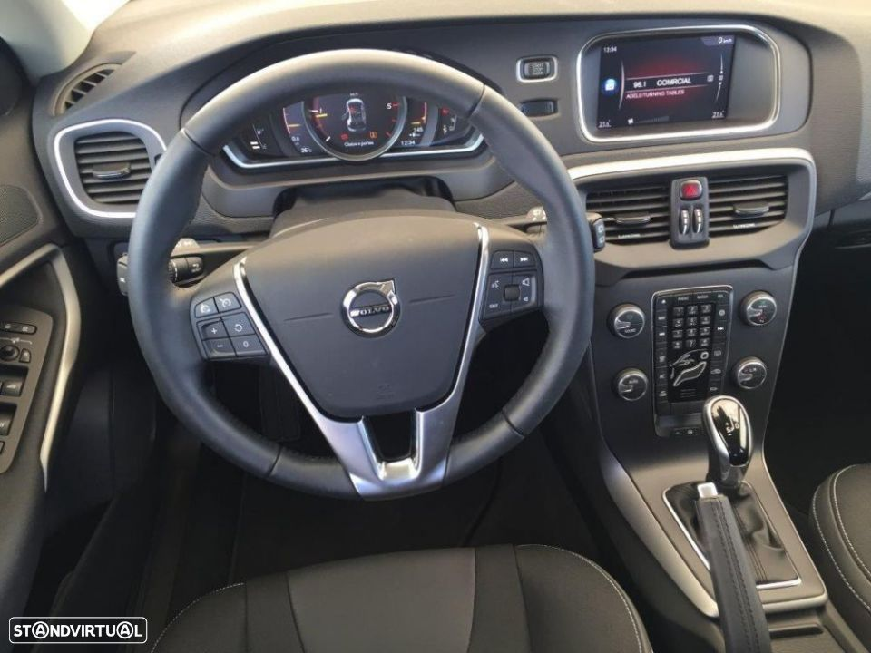 Volvo V40 2.0 d2 momentum geartronic - 10