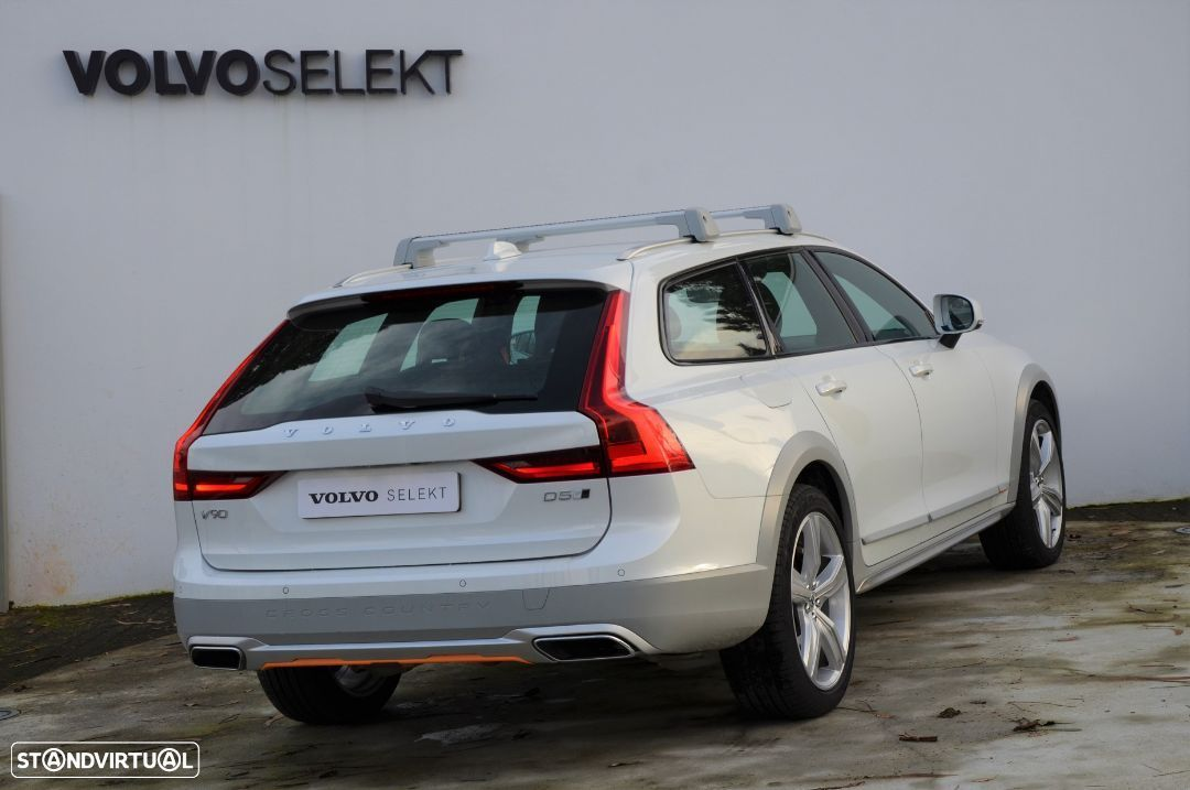 Volvo V90 Cross Country D5 AWD Volvo Ocean Race Geartronic - 26