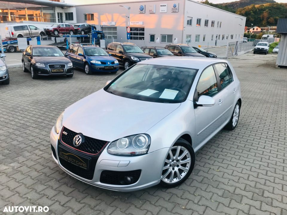 Volkswagen Golf V - 7