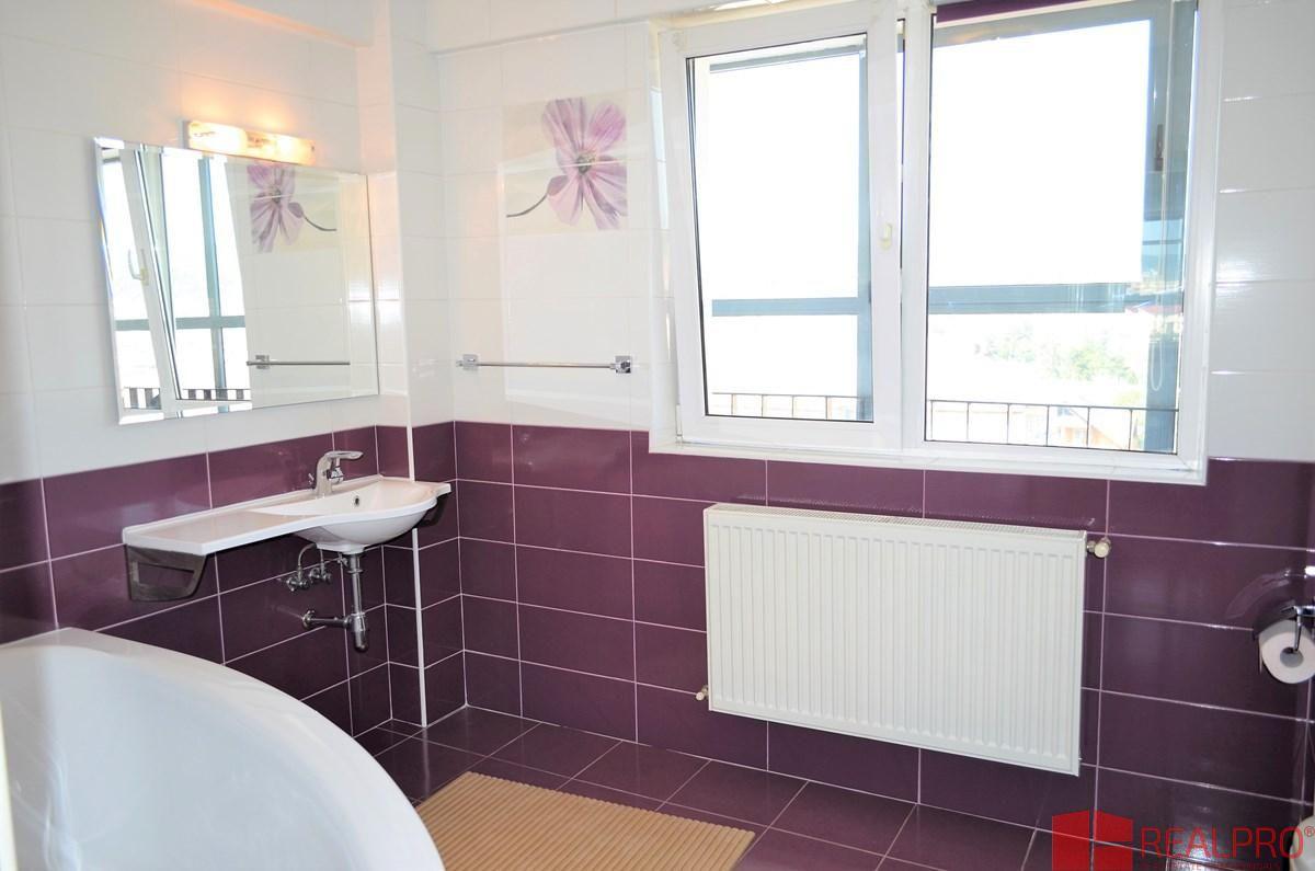 Apartament de vanzare, Vâlcea (judet), Strada Eroilor - Foto 6