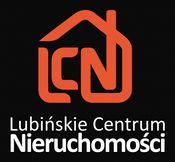 To ogłoszenie dom na sprzedaż jest promowane przez jedno z najbardziej profesjonalnych biur nieruchomości, działające w miejscowości Lubin, lubiński, dolnośląskie: Lubińskie Centrum Nieruchomości