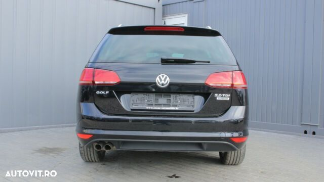 Volkswagen Golf - 5